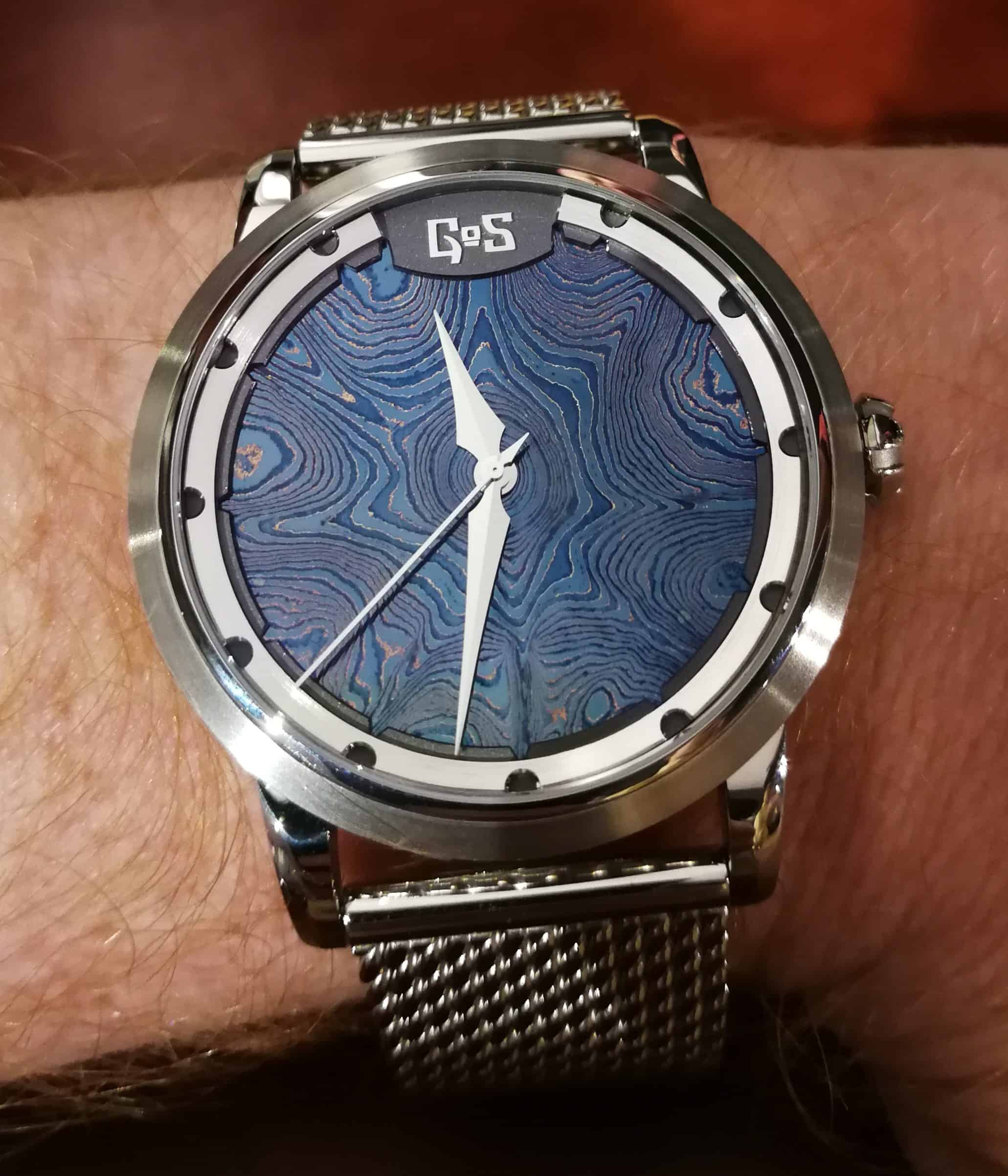 Gos Sarek Ice Blue on the Wrist