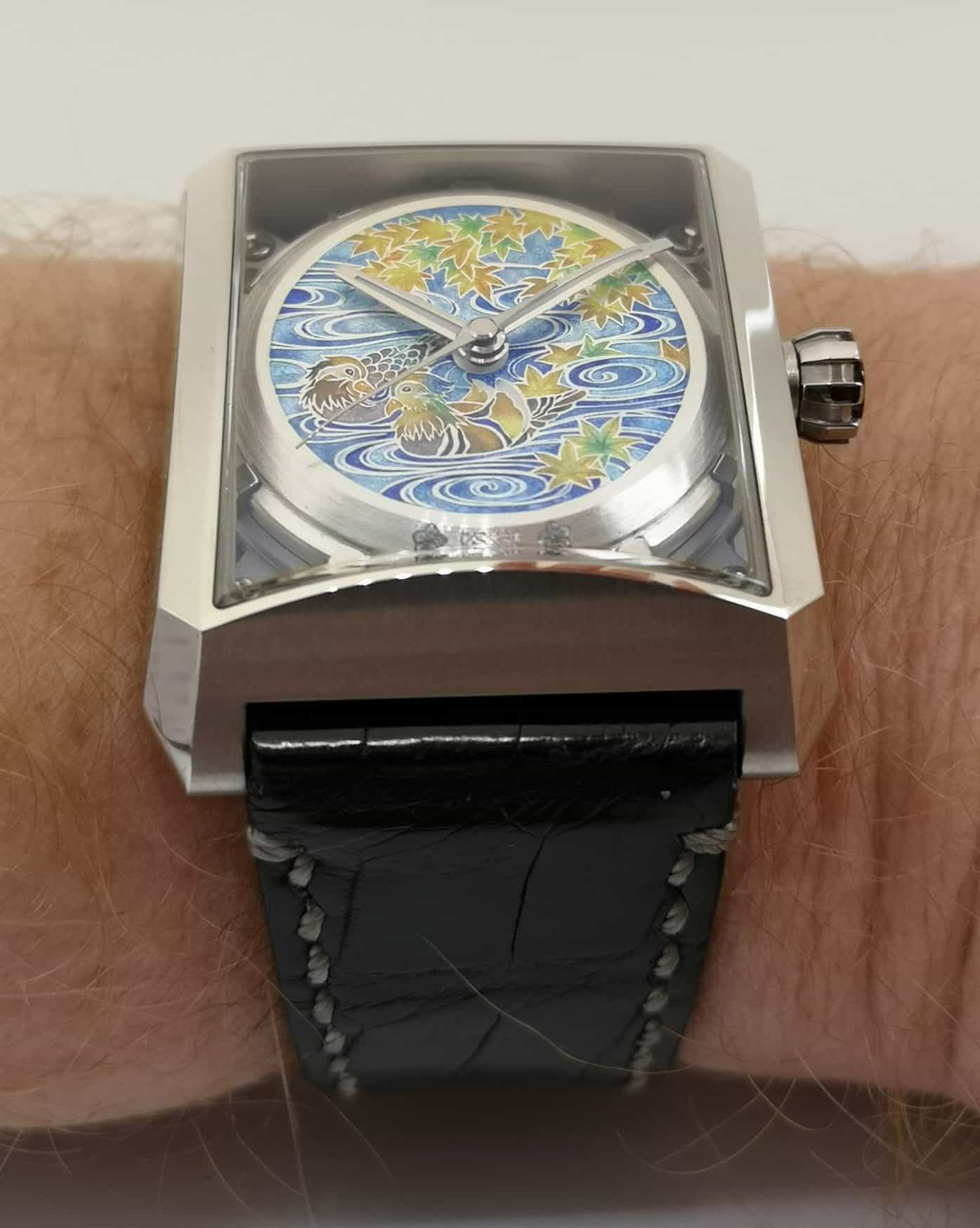 "Minase 5 Windows ""One"" Masterpiece on the Wrist"